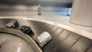valigia su nastro