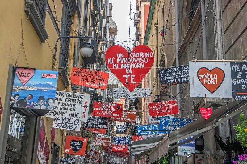 Napoli in 2 giorni: quartieri spagnoli