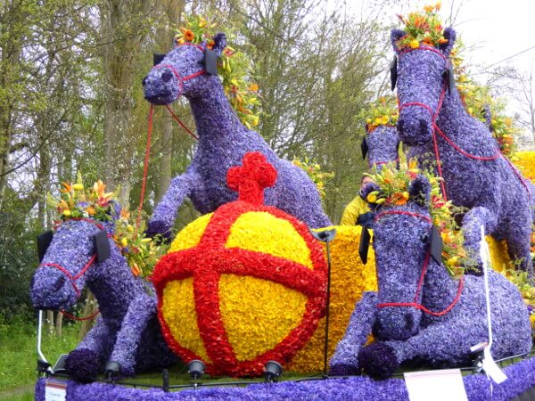 flower parade 1