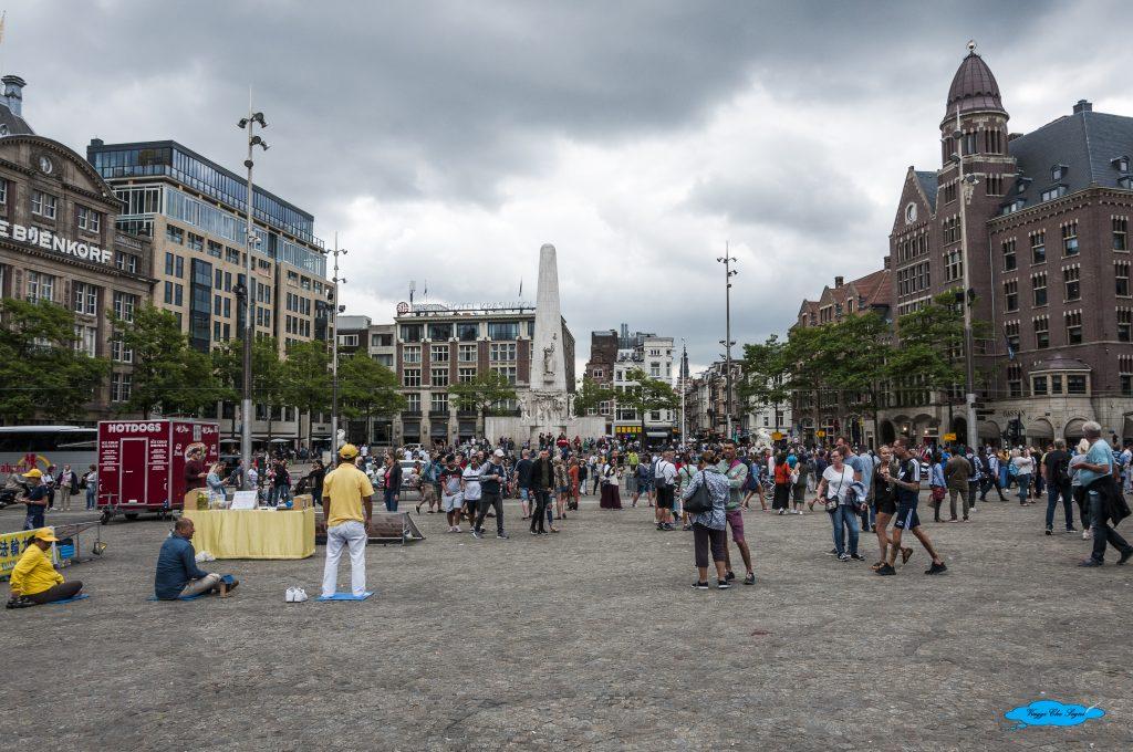 Piazza Dam e Monumento ai caduti