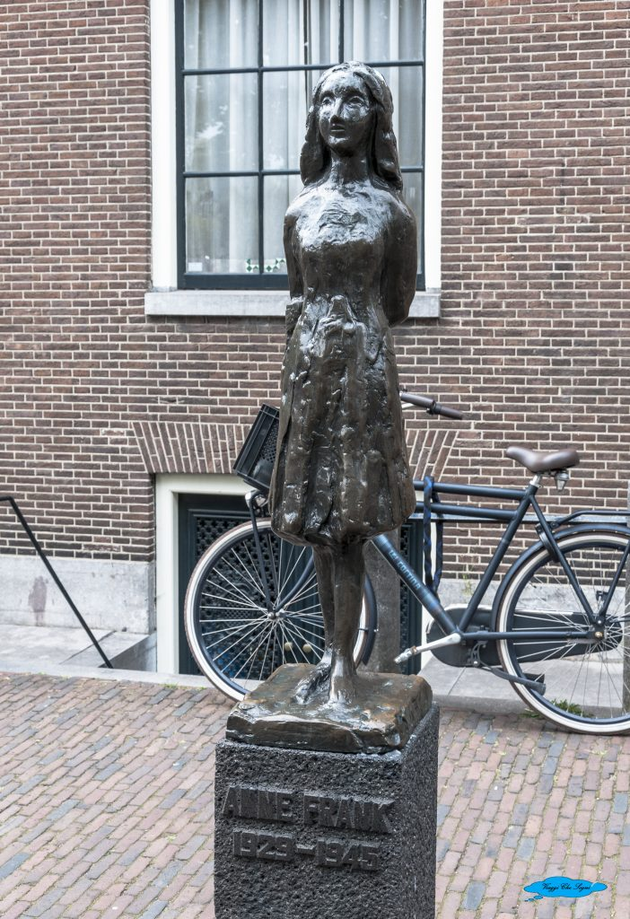 monumento ad Anna Frank