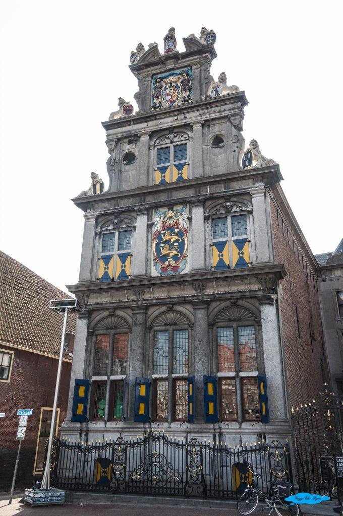 a nord di amsterdam: la vecchia sede della compagnia delle indie