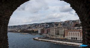 Trekking urbano sul lungomare di Napoli