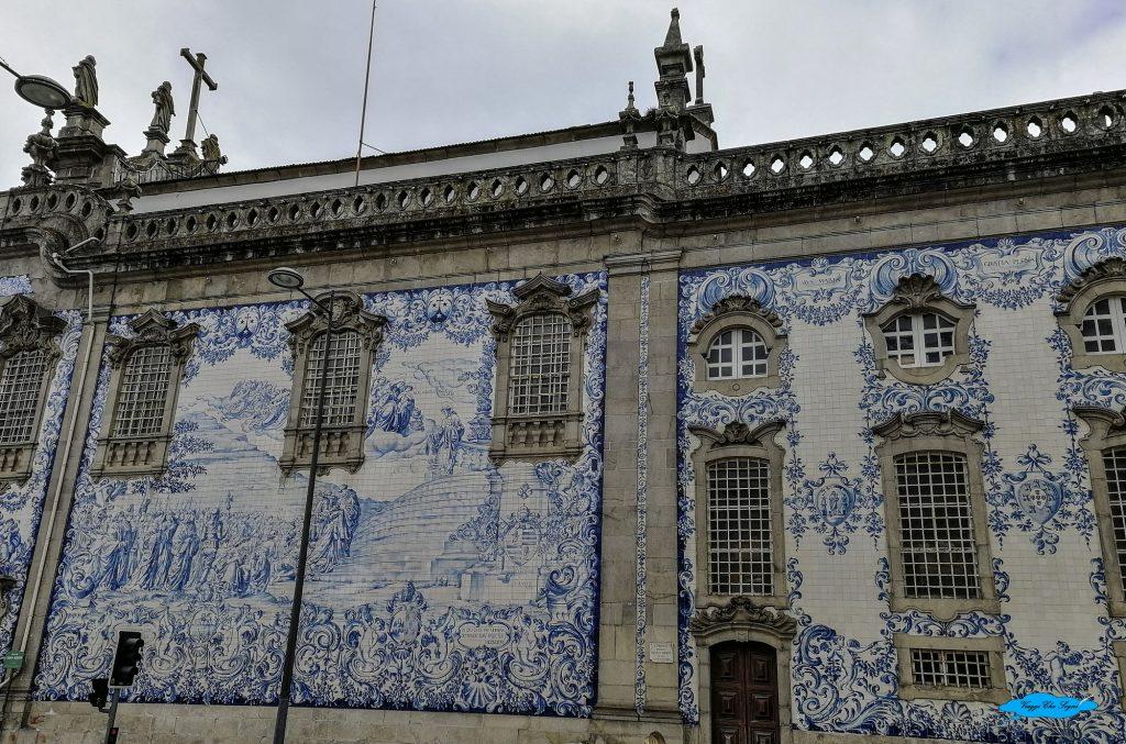 laterale della chiesa do carmo