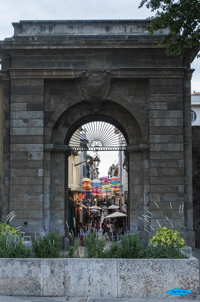 Portail des Jacobins a Carcassonne