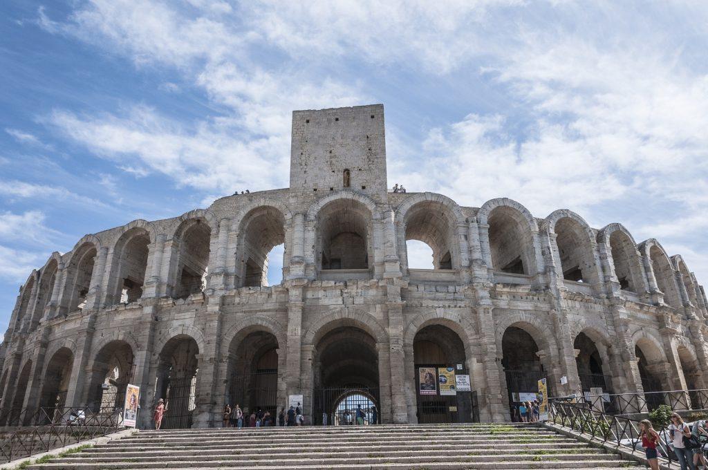 cosa vedere ad Arles in un giorno  l'anfiteatro romano