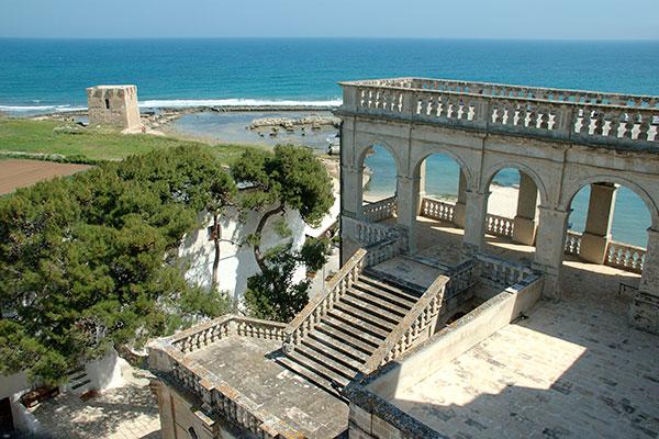 Due giorni a Polignano a mare: Abbazia di san Vito e torre saracena
