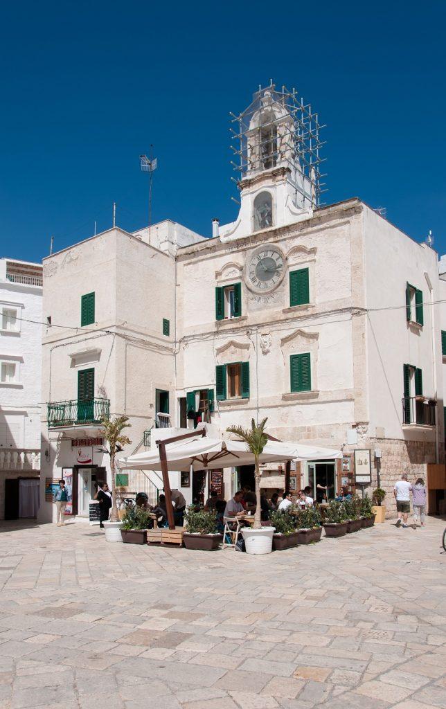 Due giorni a Polignano a mare: palazzo orologio