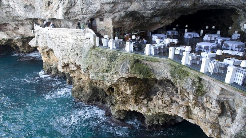Due giorni a Polignano a mare: grotta palazzese