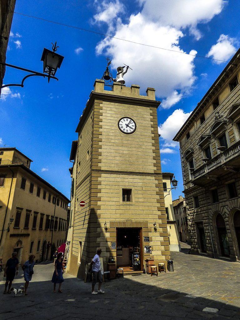 città del vino: torre di pulcinella
