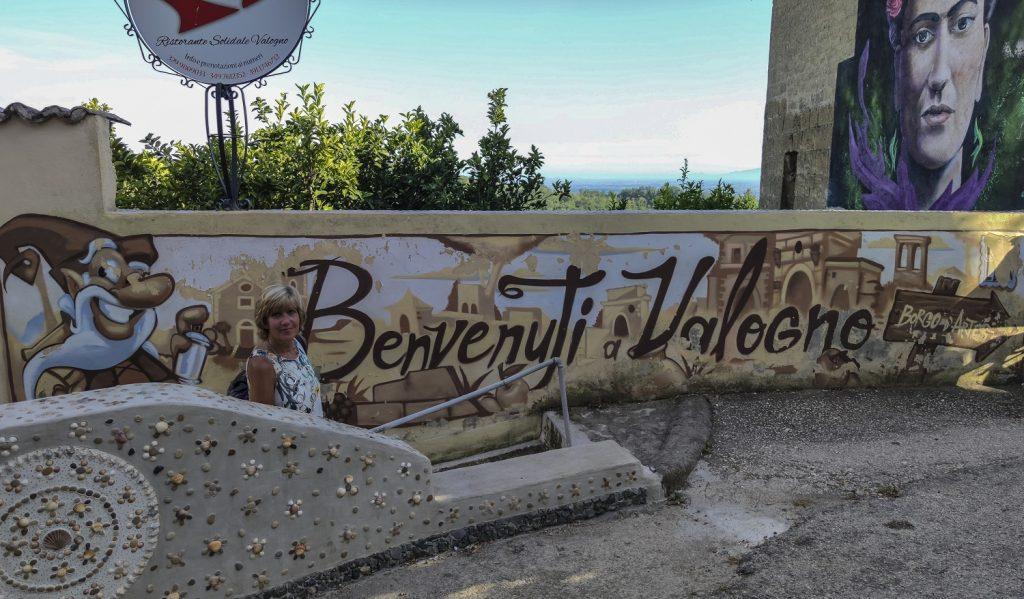 Murales di Valogno: murales del Benvenuto a Valogno