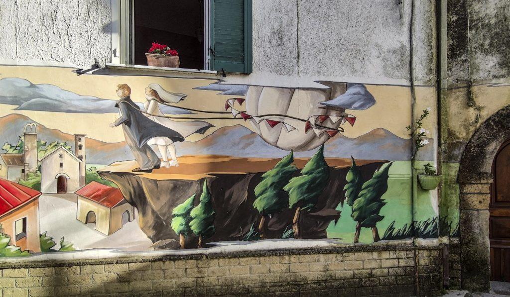 Murales di Valogno: murales degli sposi
