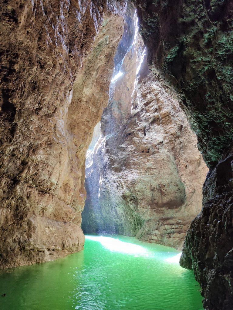 Scorcio del Canyon del lago di Santa Giustina