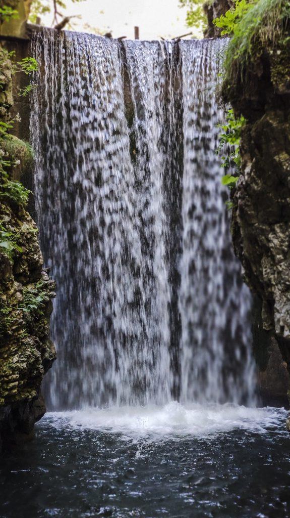 la cascata artificiale