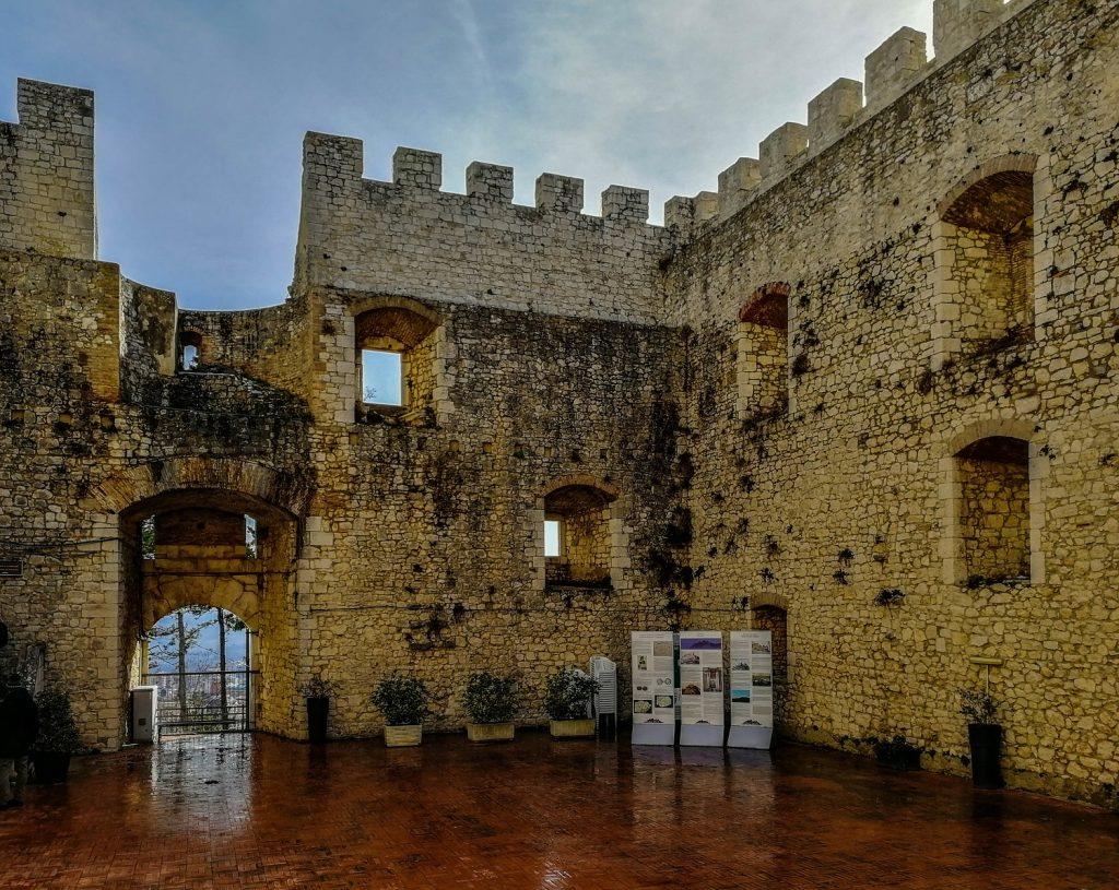 Castello a Morcone