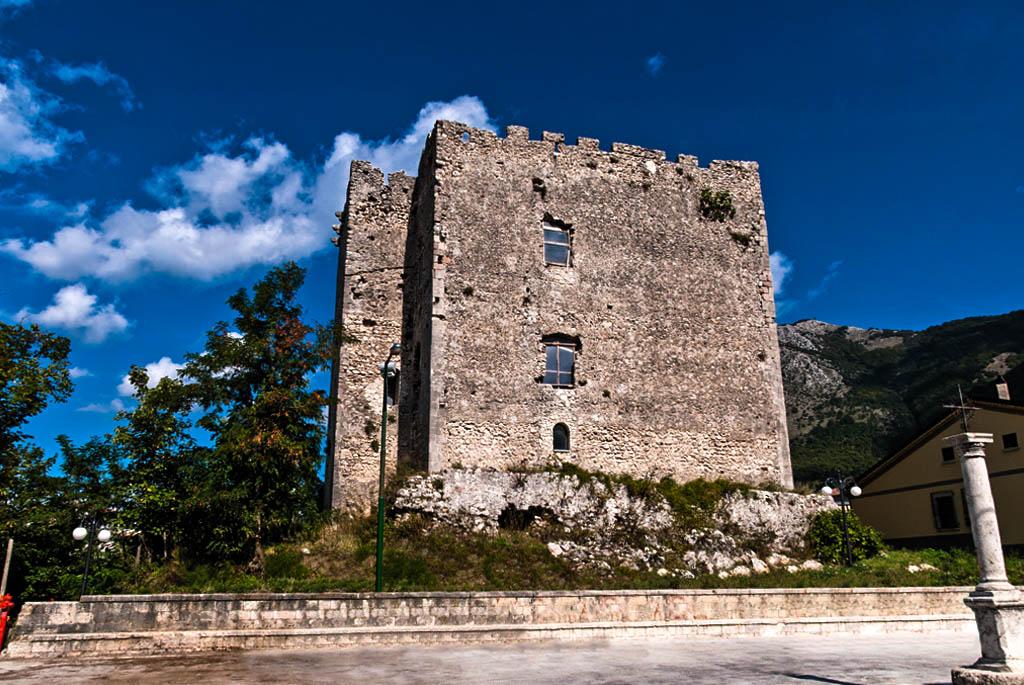 Castello-Cavaniglia