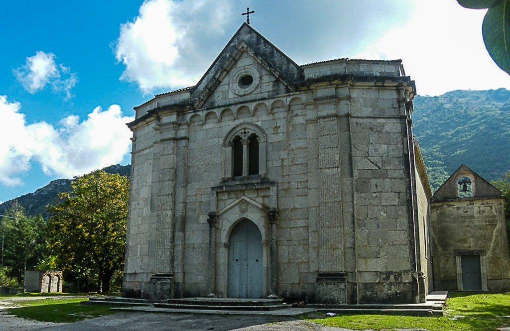 Altro da vedere in Irpinia: Abbazia-di-Santa-Maria-a-Fontigliano-NUSCO