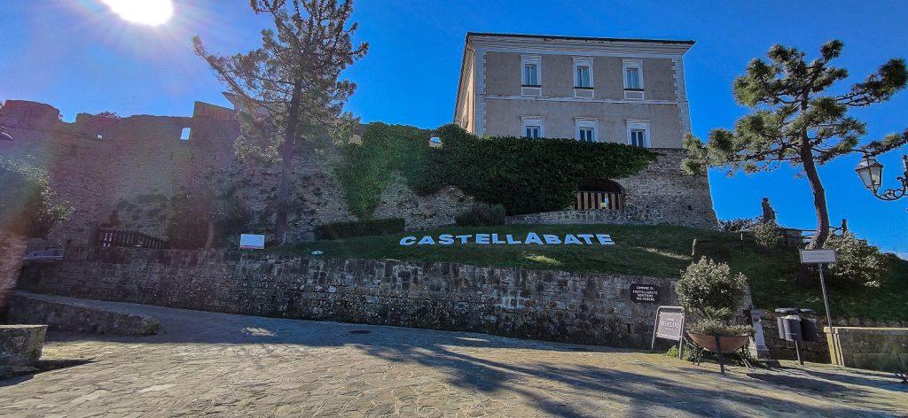 due giorni a castellabate:  castello