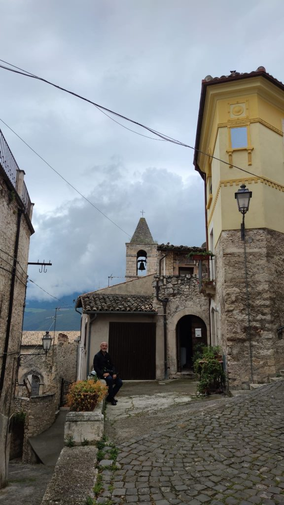 Due giorni in Abruzzo scorci di capestrano
